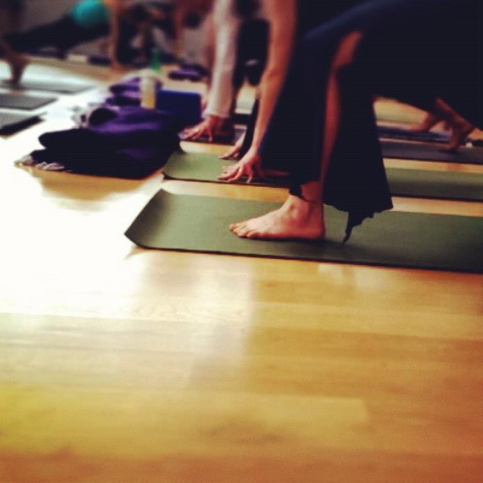 short yoga classes