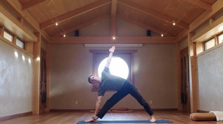 meet yogaglo